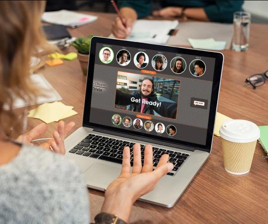 game-on-laptop